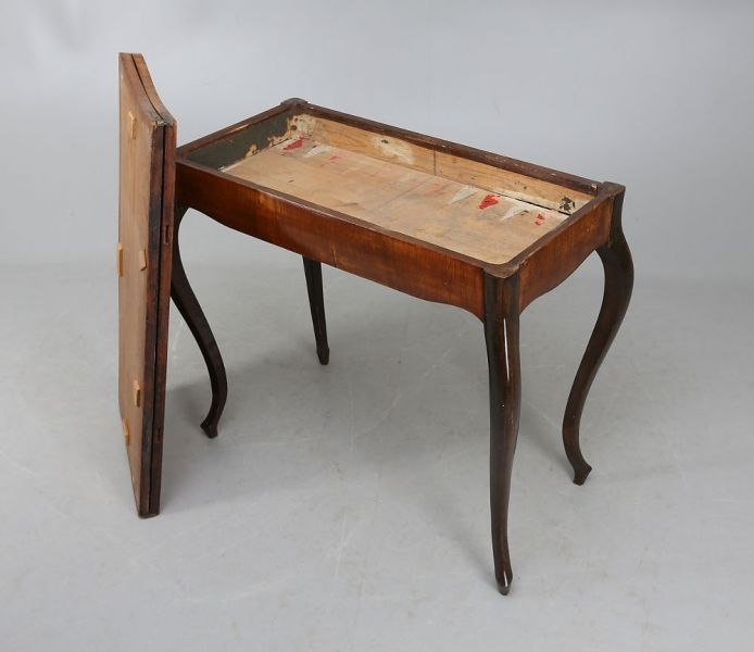 Spieltisch19Jh1
